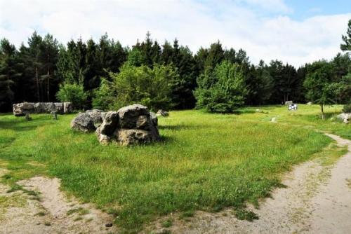 Die Bunkerreste auf dem Territorium des Führerhauptquartiers Werwolf. Foto aus mir-mak.livejournal.com