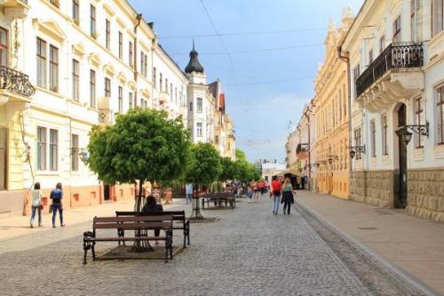 Olha-Kobyljanska-Fußgängerstraße. Foto aus sk-alla.livejournal.com