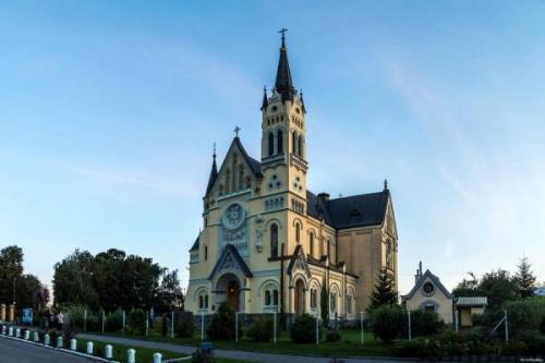 Die Kirche der Kreuzerhöhung. Foto aus m-a-d-m-a-x.livejournal.com