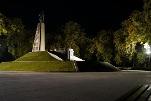 Das Grab von Taras Schewtschenko auf dem Tschernetscha-Berg. Foto aus lyoshko.livejournal.com