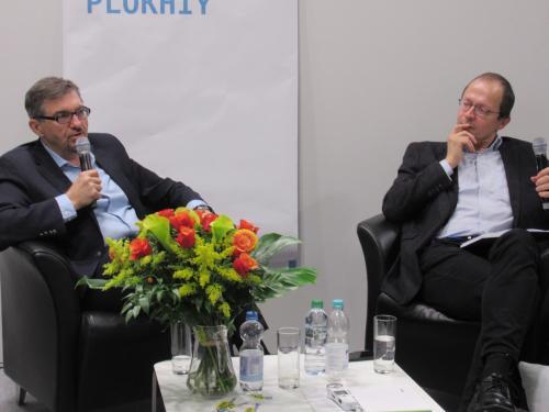 Historiker S. Plochij / Journalist G. Gnauck von der FAZ
