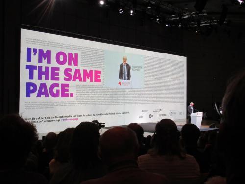 """""""I'm on the same page"""" – 70. Buchmesse, 70 Jahre Erklärung der Menschenrechte"""