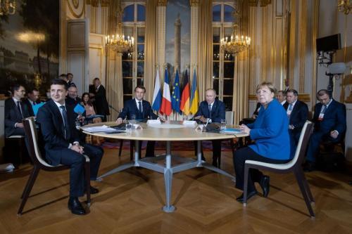 Wolodymyr Selenskyj, Emmanuel Macron, Wladimir Putin, Angela Merkel