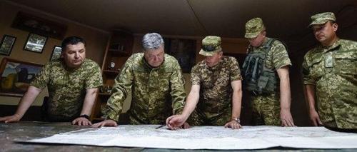 Poroschenko und der Generalsstab