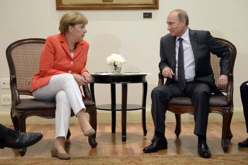 Angela Merkel und Wladimir Putin 1 - kremlin.ru