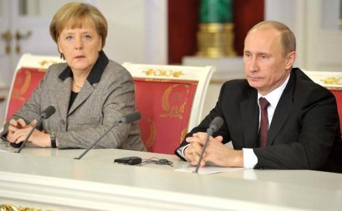 Angela Merkel und Wladimir Putin 2 - kremlin.ru