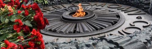 Ewige Flamme am Grab des Unbekannten Soldaten