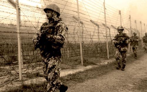 Hinter der Mauer eine Mauer