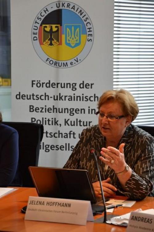 Jelena Hoffmann in Berlin