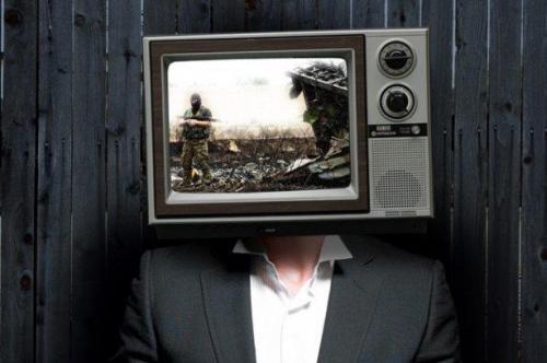 Krieg, Spiegel und Mundpropaganda