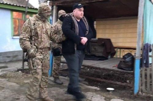 Die Festnahme von Edem Kadyrow