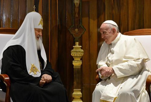 Papst Franziskus und Patriarch Kyrill I. bei ihrem Treffen in Kuba