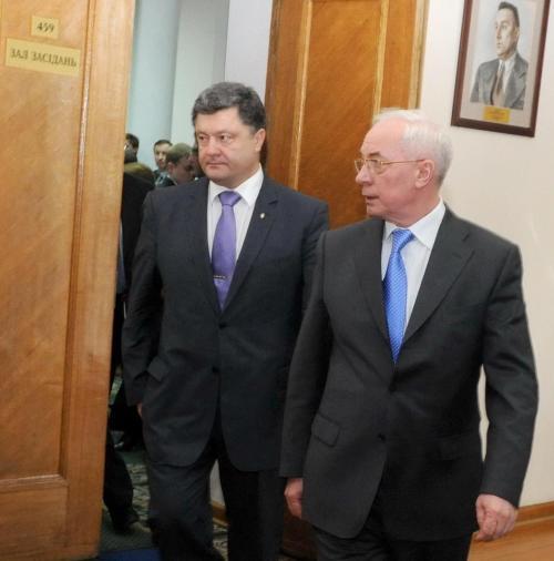 Wirtschaftsminister Pjotr Poroschenko und Ministerpräsident Nikolaj Asarow