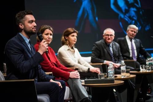 """Wolodymyr Schejko auf dem Forum """"Unlimited: Kunst ohne Grenzen"""""""