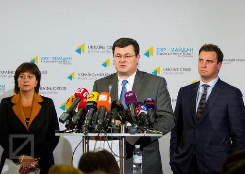 neuukrainische Regierungsmitglieder: Natalija Jaresko, Alexander Kwitaschwili und Aivaras Abromavičius